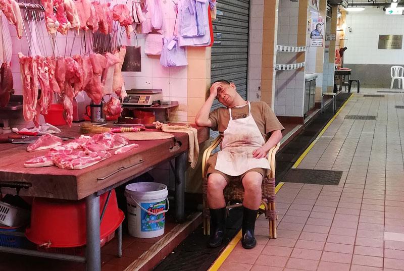 André Leroy – Boucherie en repos forcé, Hong Kong