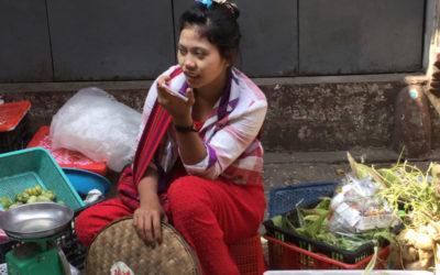 Un cadavre exquisau Marché de Yangon, Birmanie