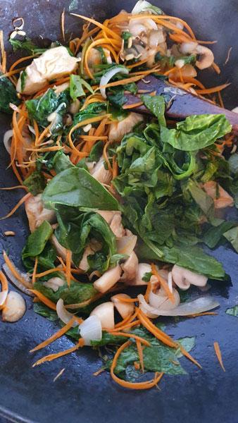 Maurine Duet – wok de poulet inspiration thaï